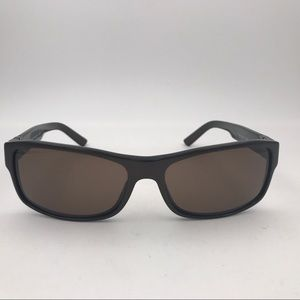 Burberry Sunglasses w. Brown & Black Plaid Arms